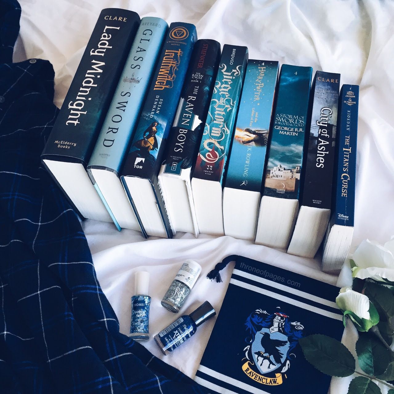 """throne-of-pages: """" 💙 Blue Fantasy Books 💙 """""""