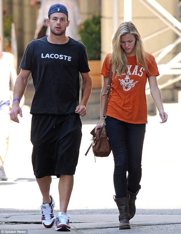 No amor: Brookyln casado tenista Andy Roddick em seu Texas natal no ano passado