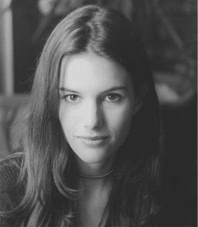 Carolyn Leonhart
