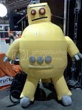 Bay Area Maker Faire 2012., 05.19.2012 Inflatable Instructables robot mascot at Bay Area Maker Faire 2012.
