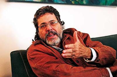 En Cuba hay un proceso de renovación generacional, dice Abel Prieto.