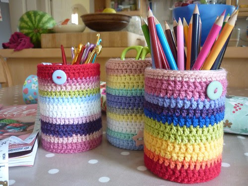 Pencil pots crochet