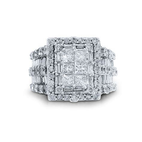 4 Cttw. Princess Cut Diamond Engagement Ring: A Bold