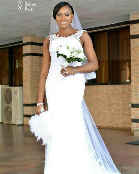 Applique Bodice Mermaid Wedding Gown For Rent In Nigeria