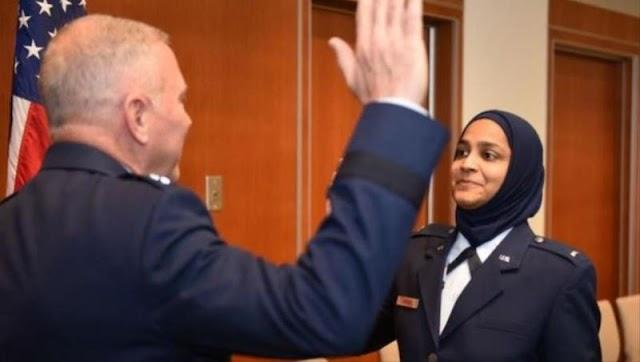 أول واعظة مسلمة في سلاح الطيران الأمريكي