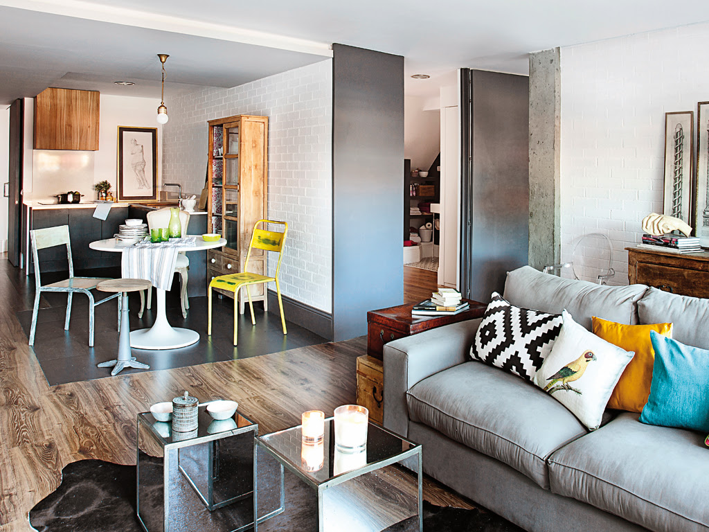 decordemon mix of styles in a spanish apartment. Black Bedroom Furniture Sets. Home Design Ideas