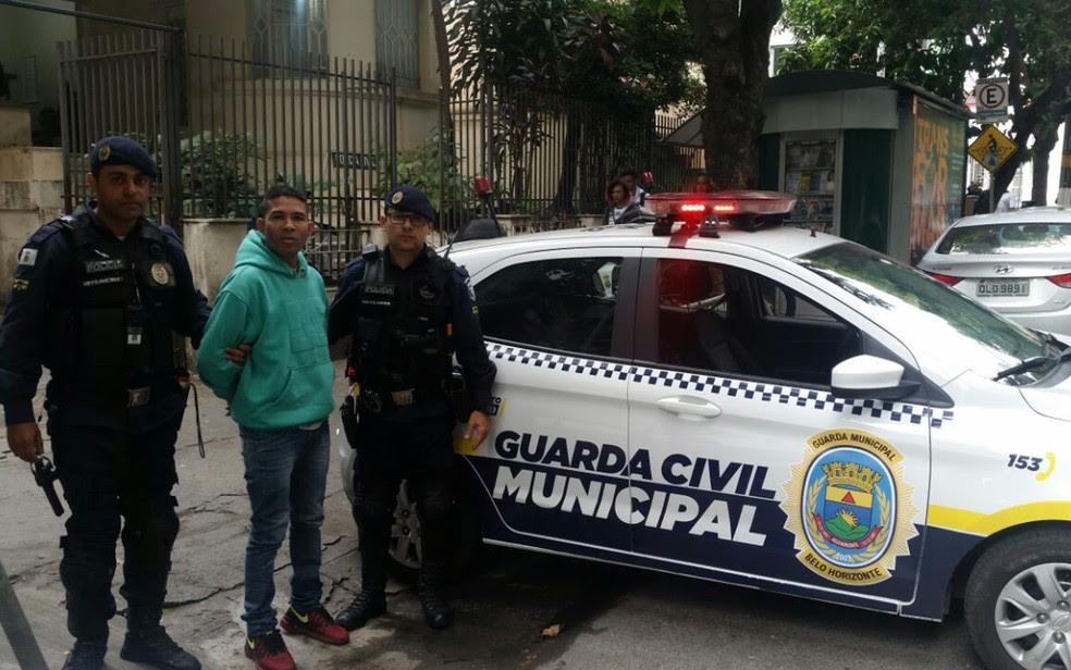 Elenilson é preso em BH (Foto: Guarda Municipal/Divulgação)