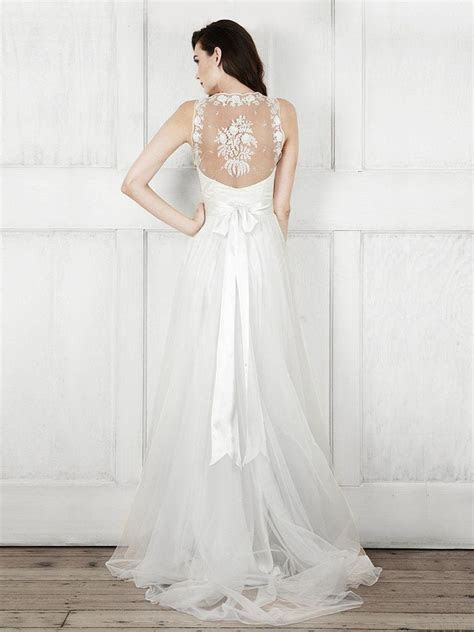 The 50 Best Off the Rack Wedding Dresses to Fit All Bridal