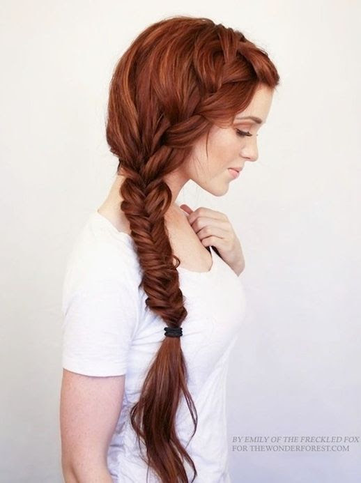 Le Fashion Blog -- 30 Inspiring Fishtail Braids -- Red Romantic Side Braid Hair Style -- Via The Wonder Forest -- photo 4-Le-Fashion-Blog-30-Inspiring-Fishtail-Braids-Red-Romantic-Side-Braid-Hair-Style-Via-The-Wonder-Forest.jpg