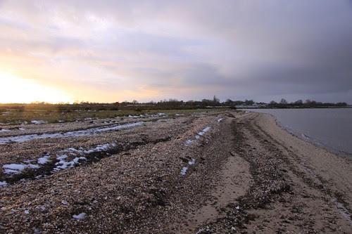 looking landward from Mersea Hard by ultraBobban
