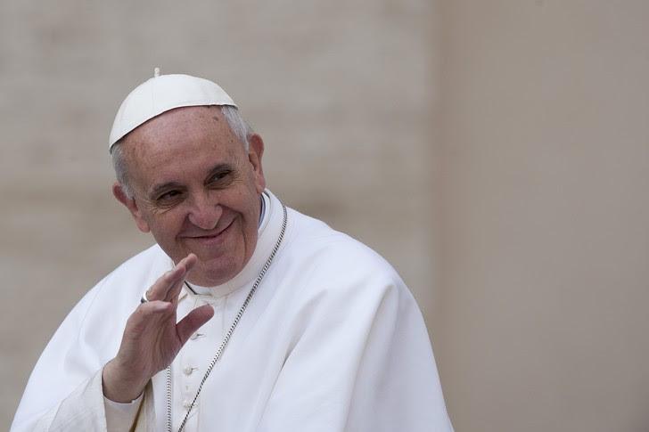 http://img.aws.la-croix.com/2013/04/21/950928/Le-pape-Francois-27-mars-dernier-Vatican_0_730_485.jpg