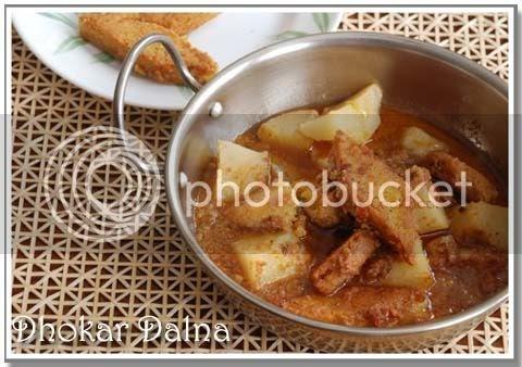 Bong Mom's CookBook: Dhokar Dalna -- a lesson in Lentil Cakes
