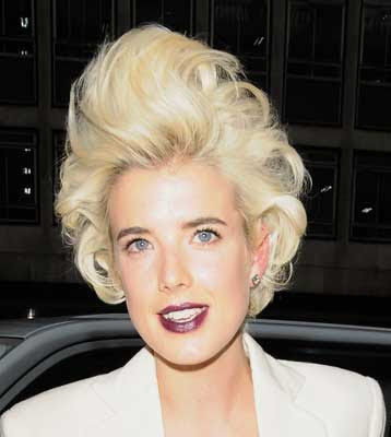 Spl104167 010[1] Celebrity Beauty: Agyness Deyn with dark lips and big hair at the Royal Academy of Arts Expo party