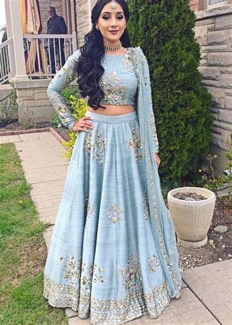 Best 25  Indian suits ideas on Pinterest   Indian fashion
