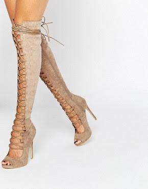 Botas por encima de la rodilla con cordón Ghillie de Daisy Street