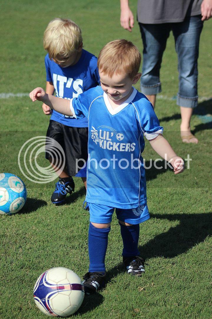 photo soccer21_zps882d3a50.jpg