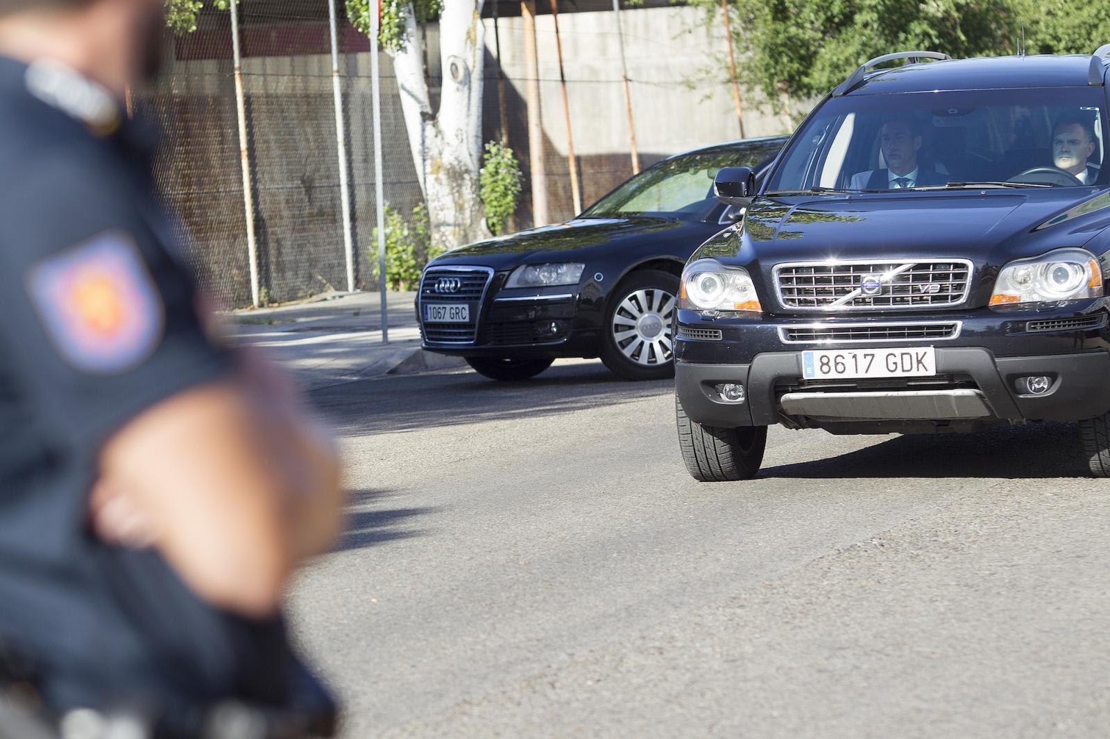 Rajoy llega en coche a la Audiencia Nacional /Manolo Finish