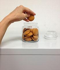 http://upload.wikimedia.org/wikipedia/commons/thumb/2/2e/Cookie_jar.jpg/207px-Cookie_jar.jpg?uselang=nl