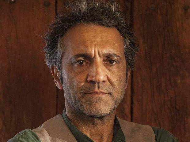 Domingos Montagner como o personagem Santo, da novela 'Velho Chico' (Foto: Pedro Curi/TV Globo)