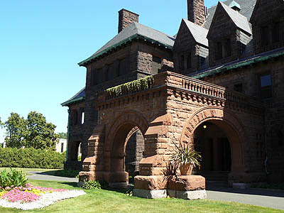 James Hill house, summit avenue .jpg
