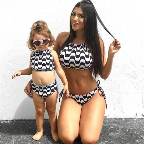 Sexy Mother Daughter - Hot 12 Pics   Beautiful, Sexiest