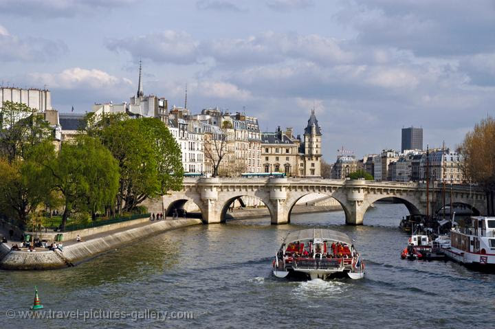 the River Seine and Ile St. Louis