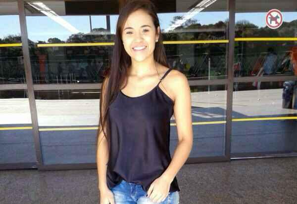 Bruna morreu no final da noite de ontem após um ataque de tubarão registrado no início da tarde em Boa Viagem. Foto: Arquivo Pessoal