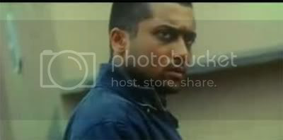 http://i347.photobucket.com/albums/p464/blogspot_images1/Ghajini%20Tamil/06.jpg