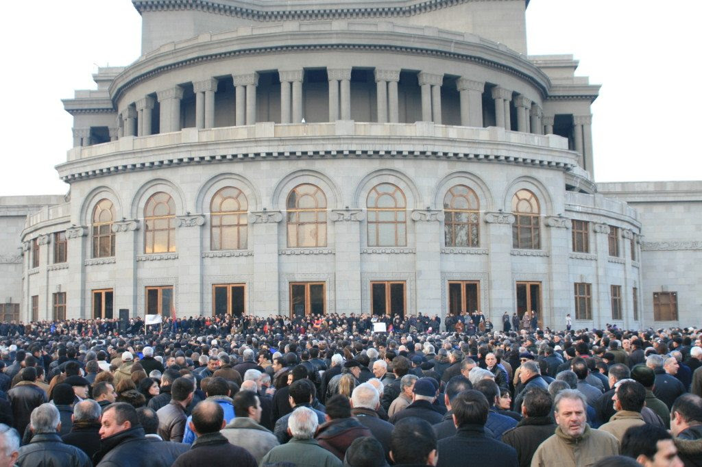 http://www.armenianweekly.com/wp-content/uploads/2013/02/IMG_8509-1024x682.jpg