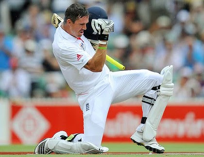 Kevin Pietersen pumps his fist in jubilation after reaching 200, his second Test double-century.