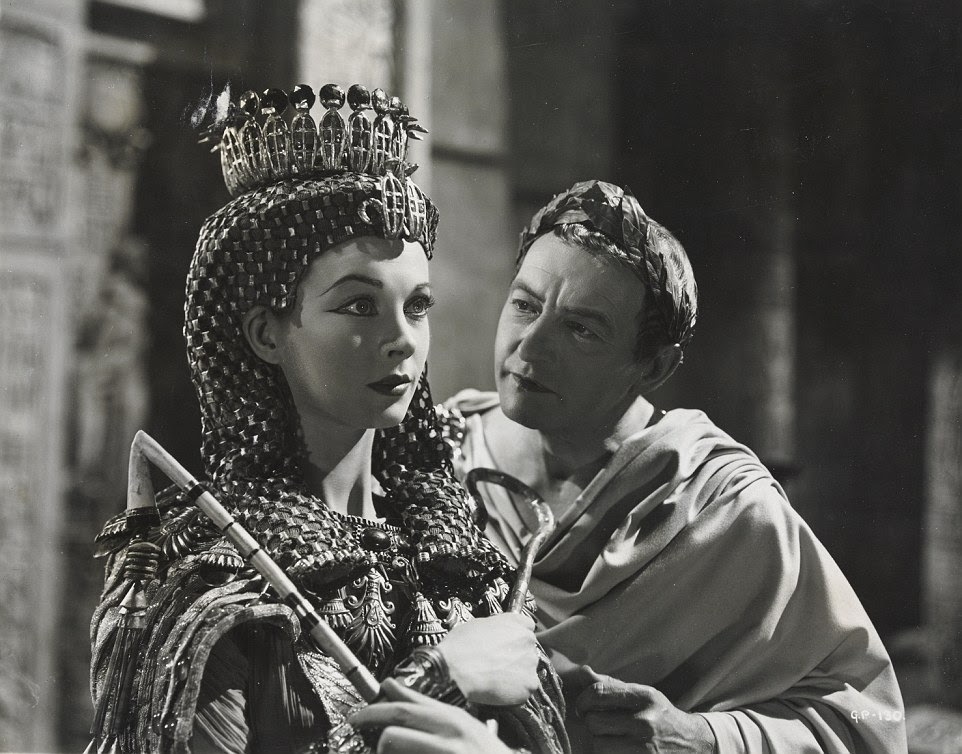 Vivien Leigh and Claude Rains starring in the film Caesar and Cleopatra, released in 1945