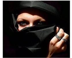 Burka - olhos - anéis