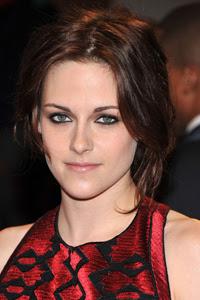 How to Get Kristen Stewart's Modern Smoky Eye