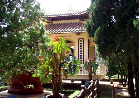 Truc Lam Zen Monastery   _  Dalat - Vietnam 09