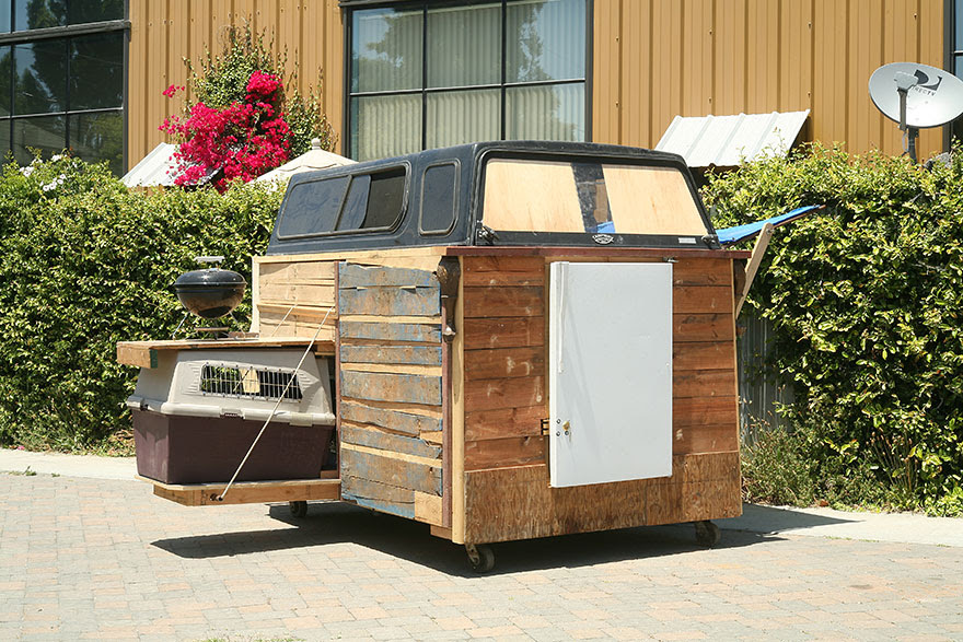 recycled-homeless-homes-project-gregory-kloehn-11