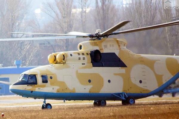 En total, seis Mi-26 helicópteros entregados a la Fuerza Aérea de Argelia. (Fotos: Aviaforum)