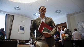 Albert Rivera després d'acreditar-se com a diputat al Congrés (EFE)