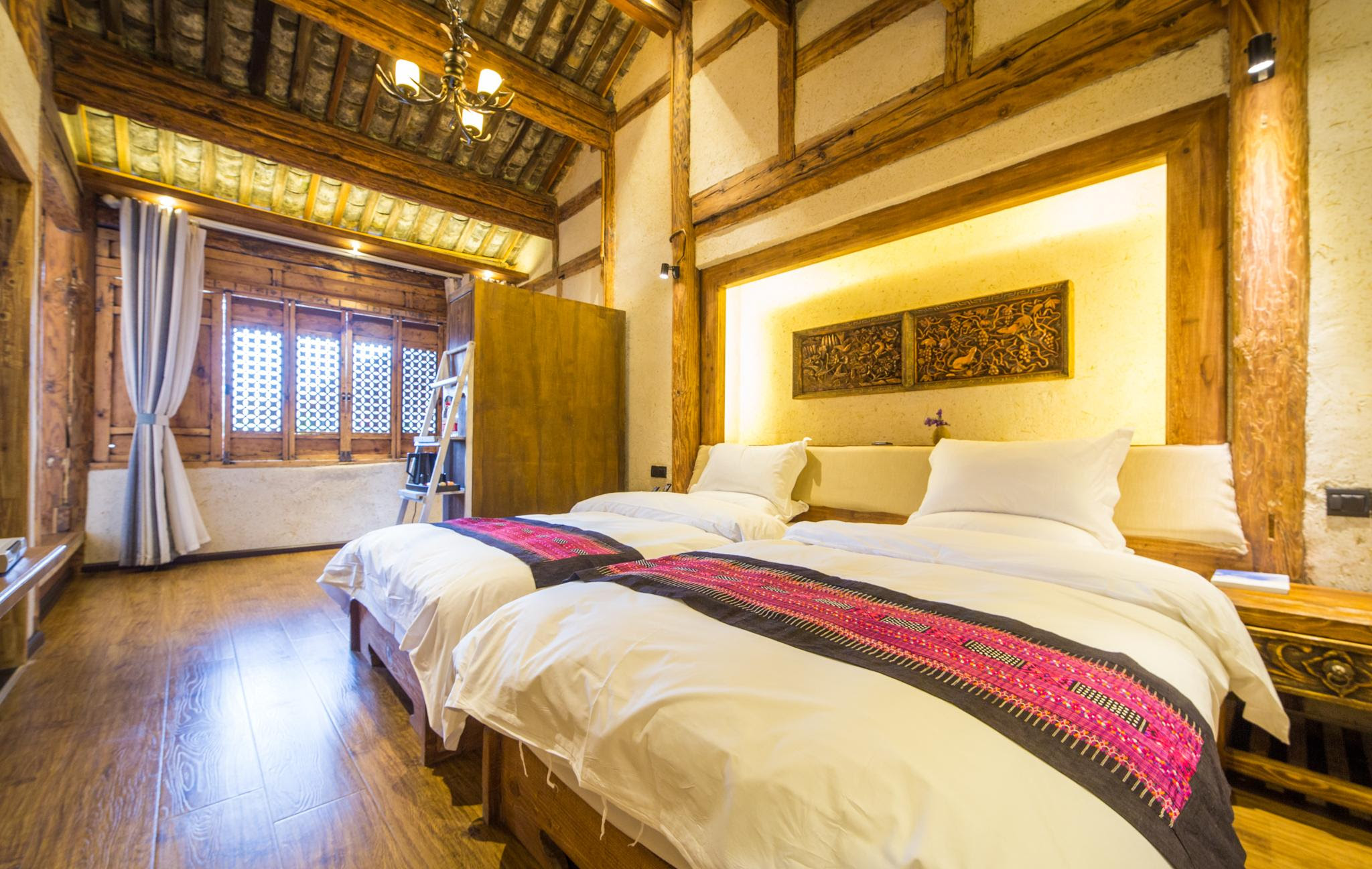 hotel near Lijiang Shuhe Room-Mr.Ye and Ninty Nine Landladies