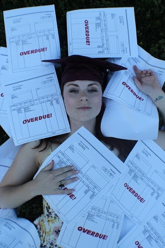 13 - 23 Unusual Graduation Photos That Will Make You Say... WTF?