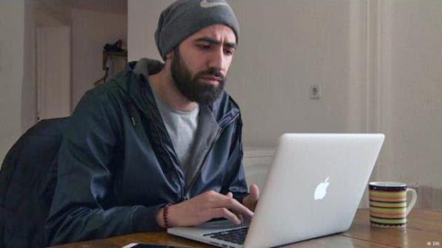 Risultati immagini per Abdalaziz Alhamza web