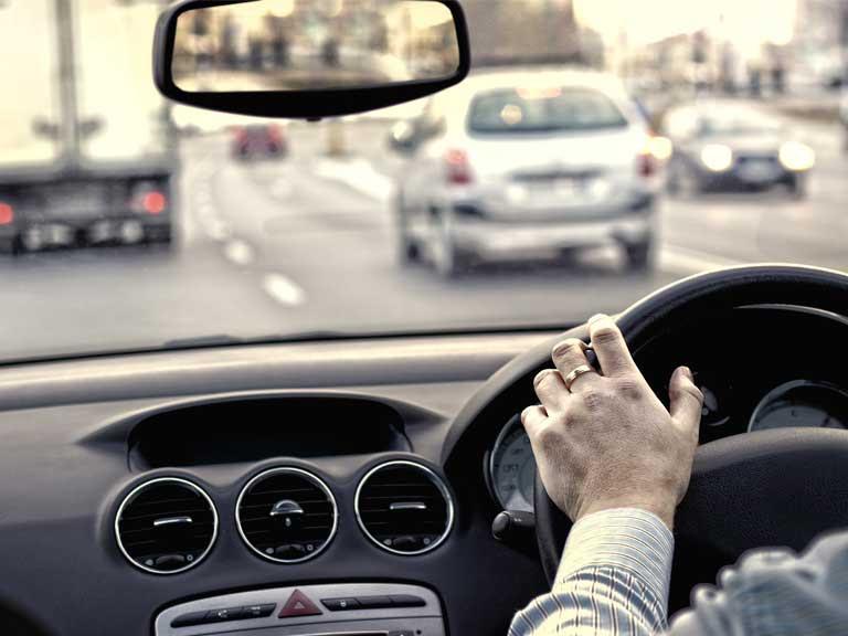 Tips for driving on motorways - Saga
