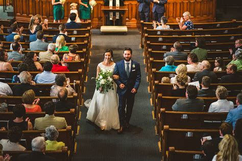 Romantic Emerald Green & Navy Wedding    Bustld