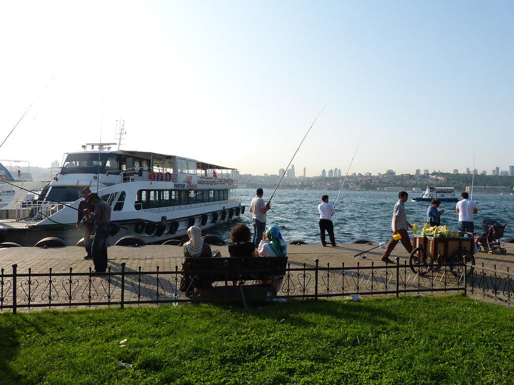 Üsküdar on a Saturday afternoon, Istanbul