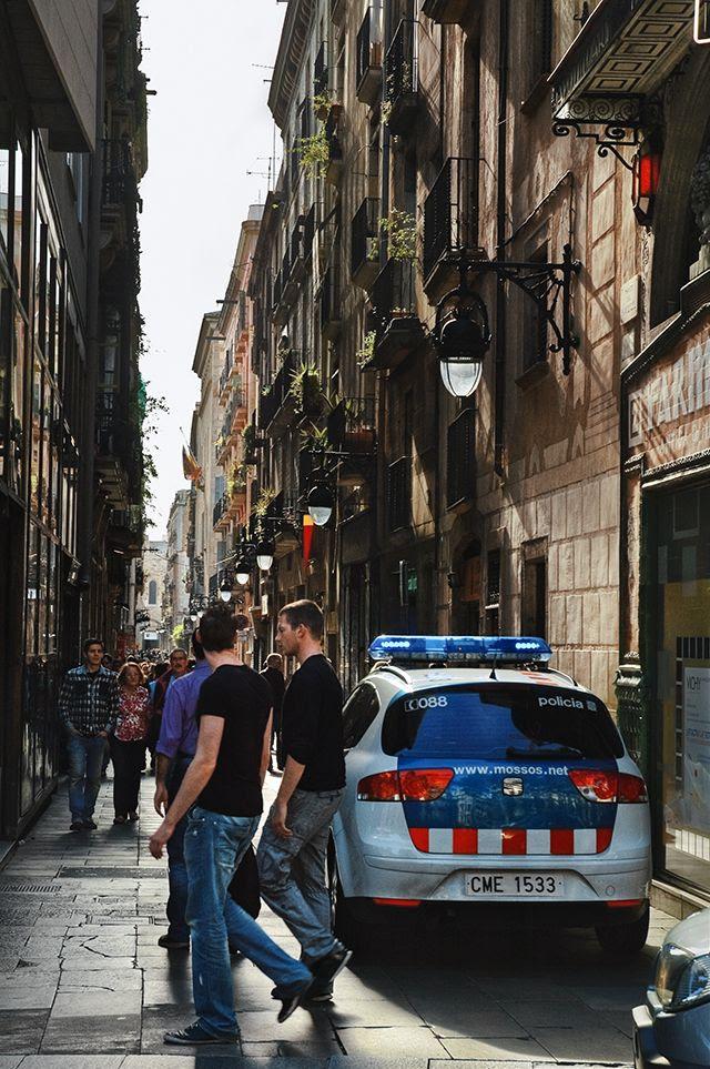 Carrer Bonsuccés and Rambla dels Estudis Corner, Barcelona  [enlarge]