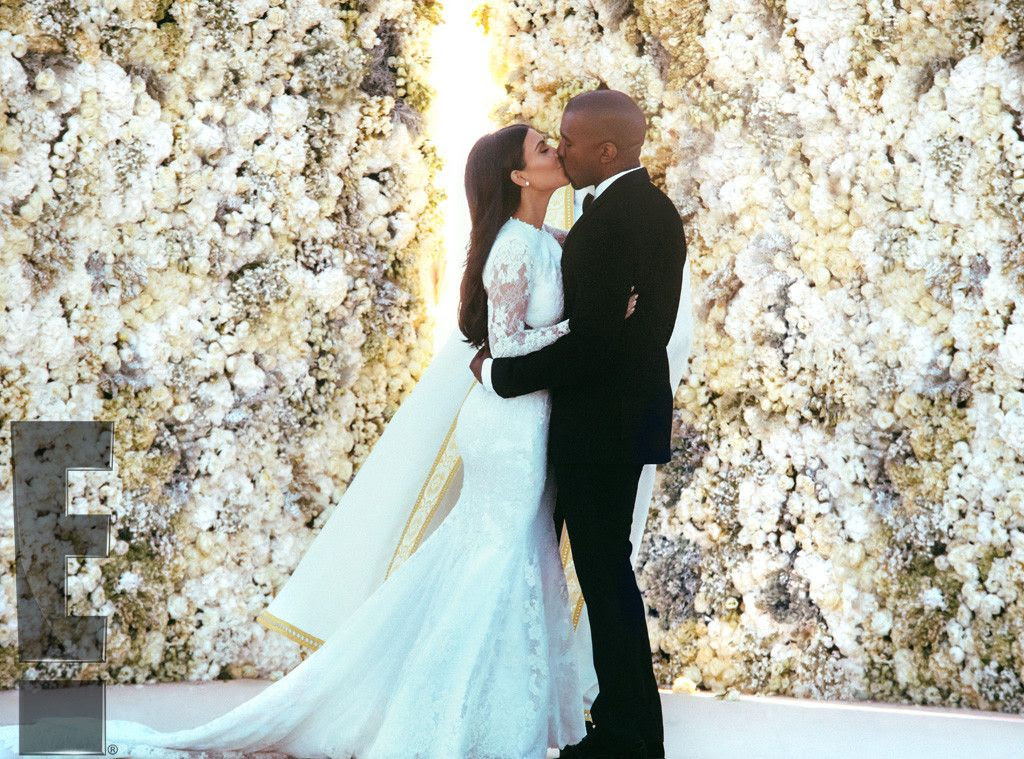 Kim & Kanye Wedding photo rs_1024x759-140526212629-1024-4kim-kardashian-kanye-west-weddingls52614.jpg