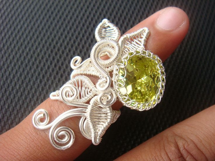 Ayudhia: Kinar Ring, Wire Jewelry Tutorial