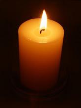 與其詛咒黑暗,不如點起燭光。
