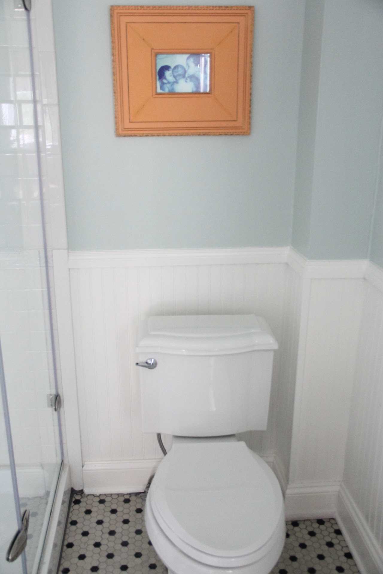 MONDAY MAKEOVER MASTER BATHROOM –