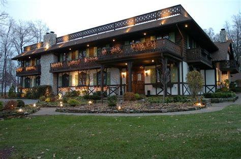Bauerhaus, Wedding Ceremony & Reception Venue, Indiana