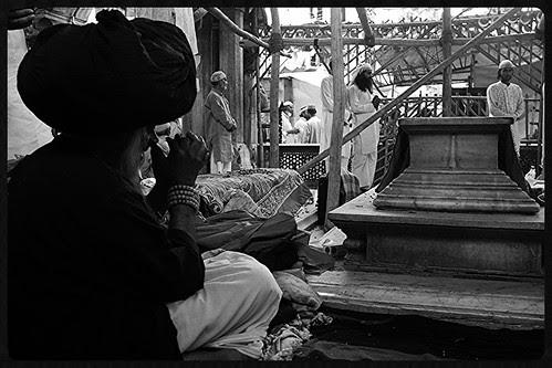 Apko Ajmer Ana Naseeb Ho.. by firoze shakir photographerno1